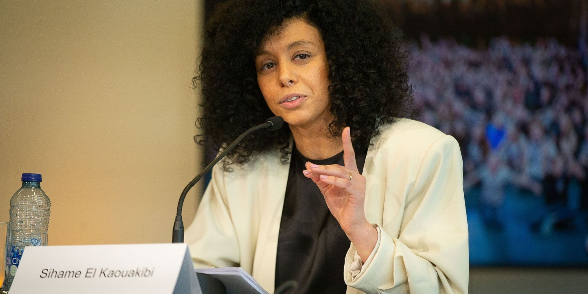 Procédure d'exclusion de l'Open Vld entamée pour la députée flamande Sihame El Kaouakibi