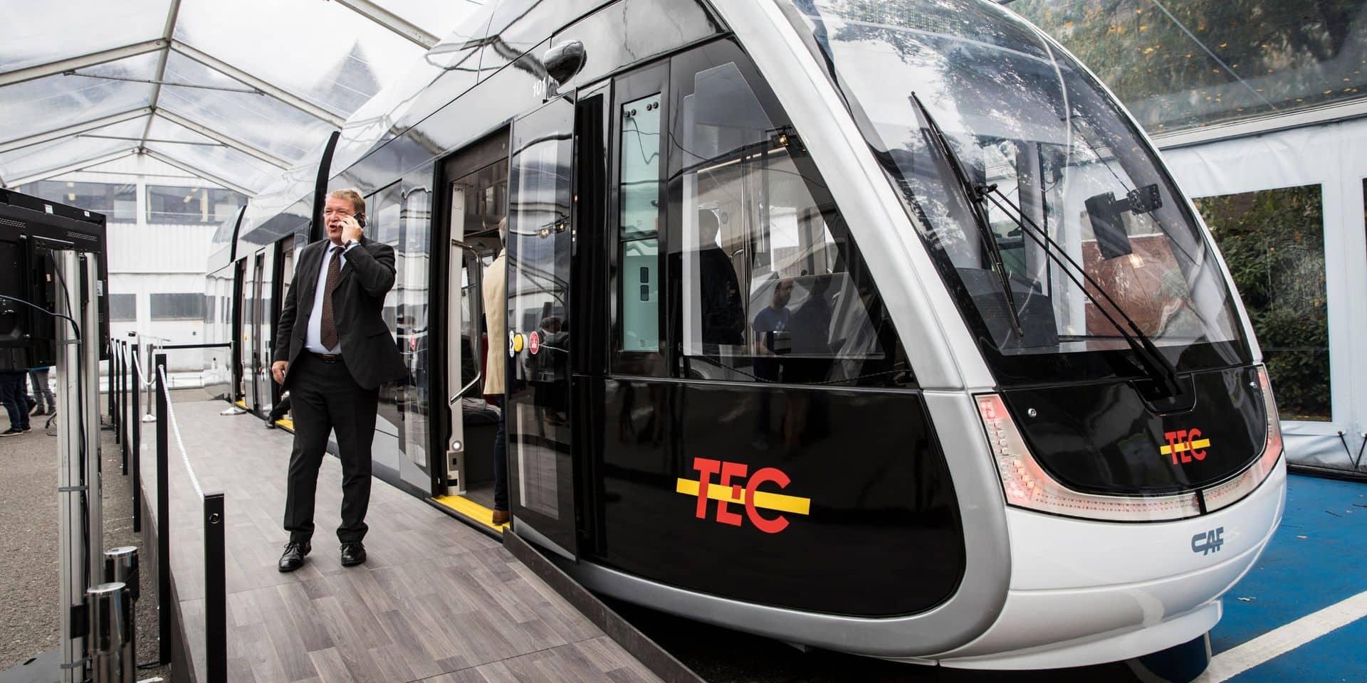 Liège : la grande foule pour découvrir le futur tram