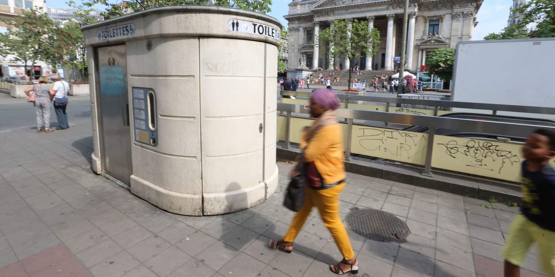 Neuf toilettes publiques supplémentaires seront installées aux arrêts de bus et tram en 2021