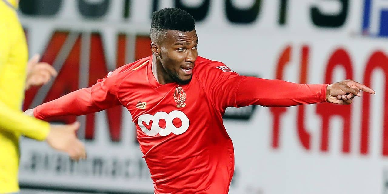 Standard's Obbi Oulare celebrates after scoring during the soccer match between STVV Sint-Truiden and Standard de Liege, Saturday 08 December 2018 in Sint-Truiden, on the 18th day of the 'Jupiler Pro League' Belgian soccer championship season 2018-2019. BELGA PHOTO BRUNO FAHY