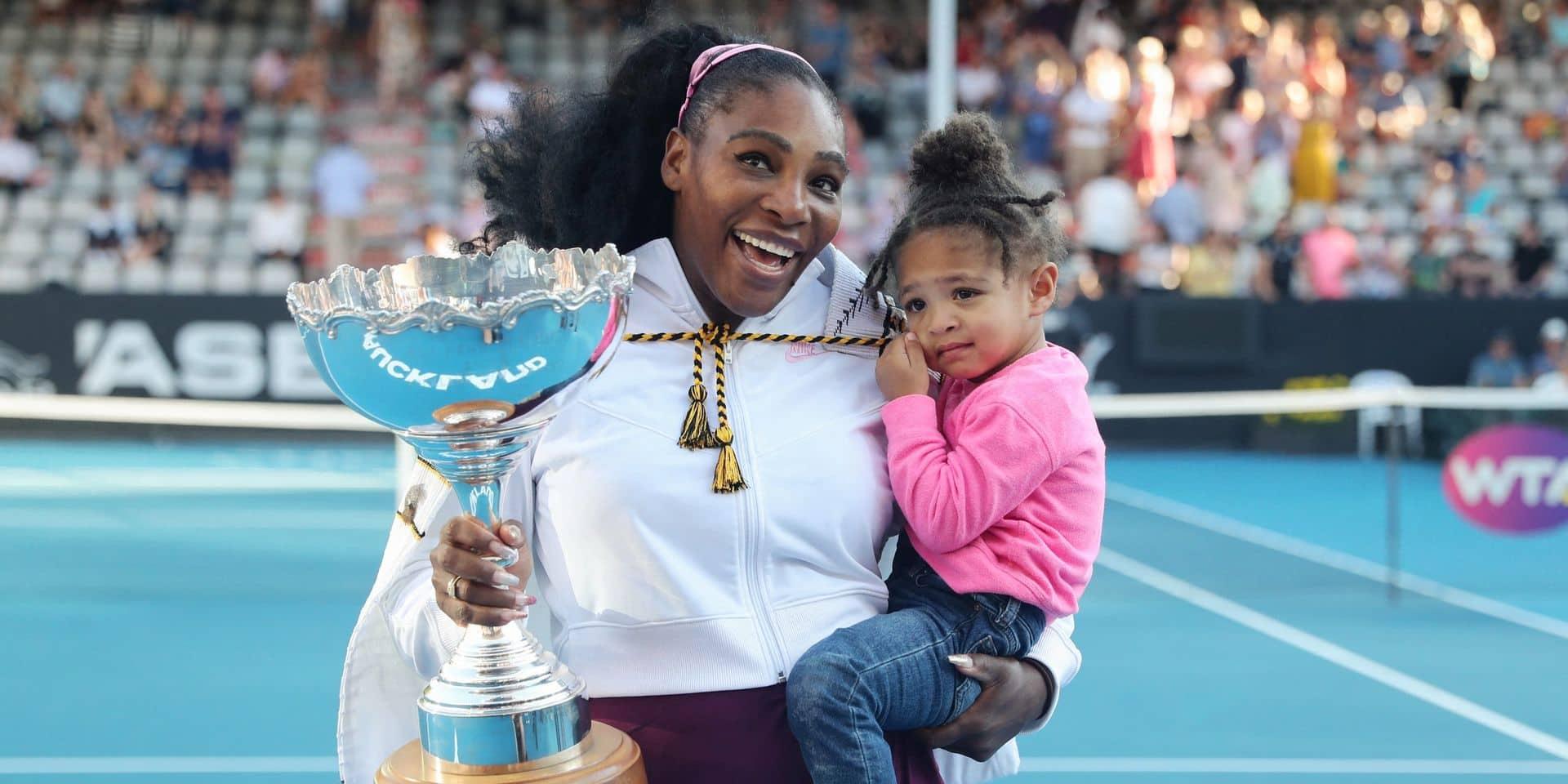 """Serena Williams et sa fille de 3 ans font sensation pour leur première campagne: """"C'est mini Serena"""""""