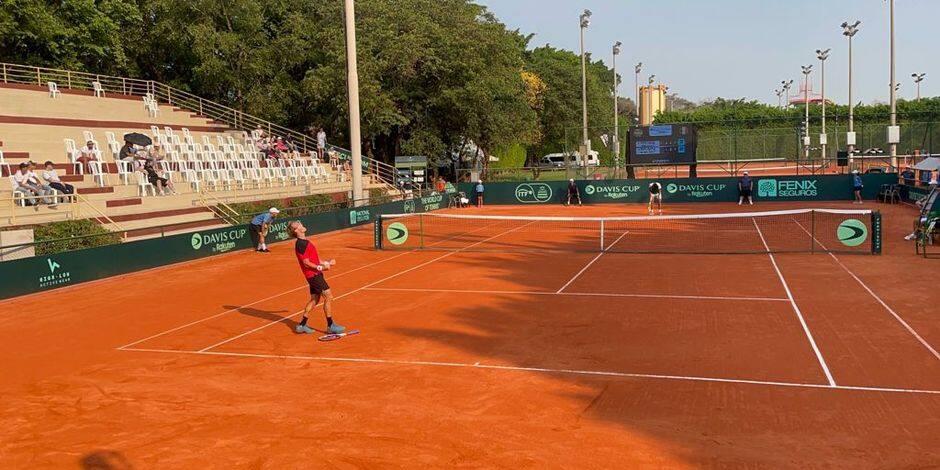 """Michael Geerts, fier de sa victoire en Coupe Davis: """"Je vise les qualifications des tournois du Grand Chelem"""""""