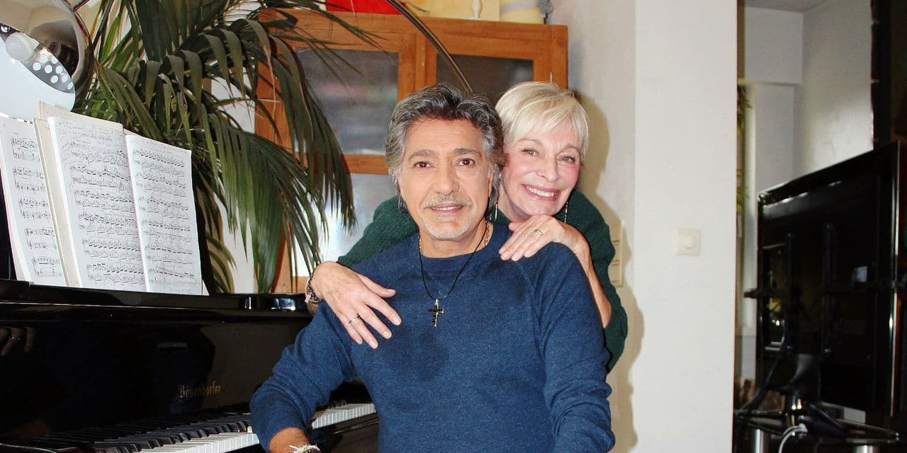 """Monique, la femme derrière le succès de Frédéric François : """"ma femme est heureuse que je sois entouré de femmes"""""""