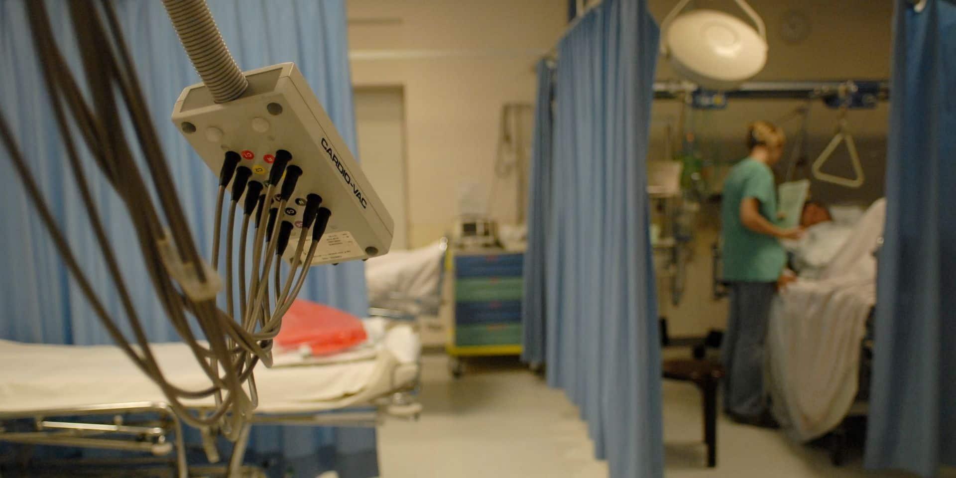 Davantage de lits sont maintenant disponibles aux soins intensifs pour les patients Covid