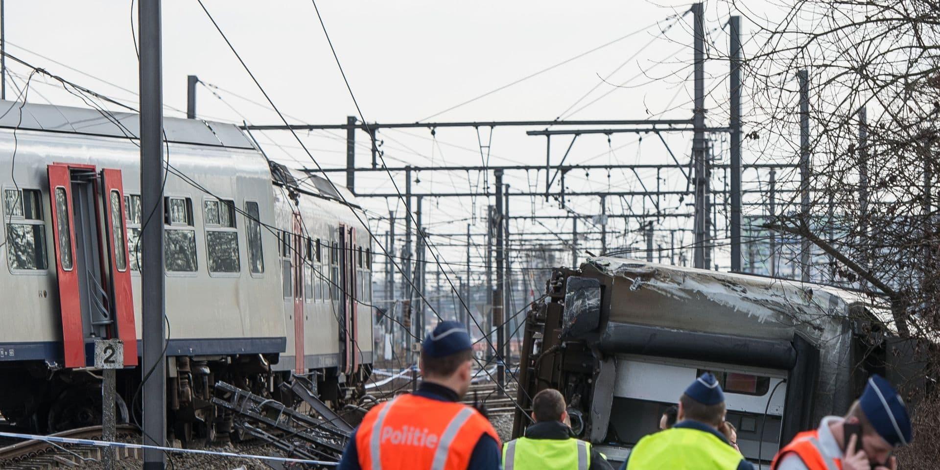 Déraillement d'un train à Louvain en 2017: le conducteur qui roulait trop vite risque 12 mois de prison