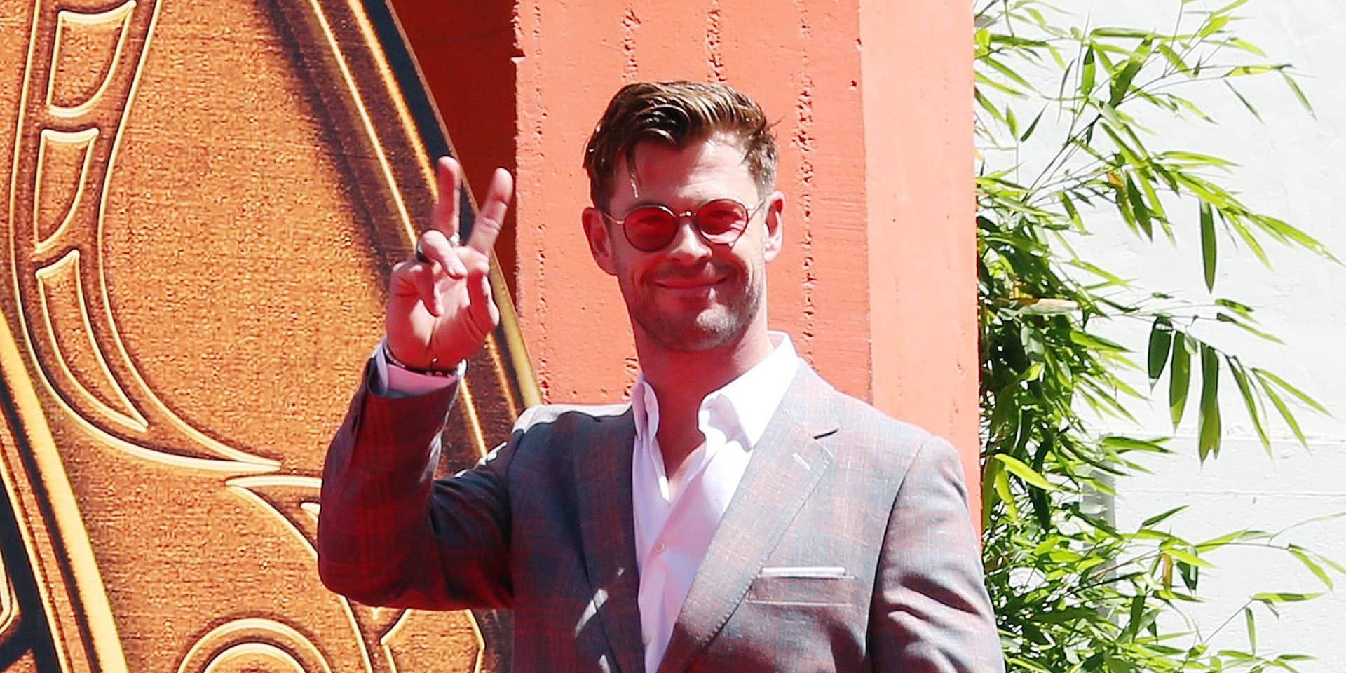 """Chris Hemsworth, alias Thor dans Avengers et à l'affiche du nouveau Men In Black : """"si notre couple résiste, c'est en partie parce que nous ne vivons pas à Hollywood"""""""