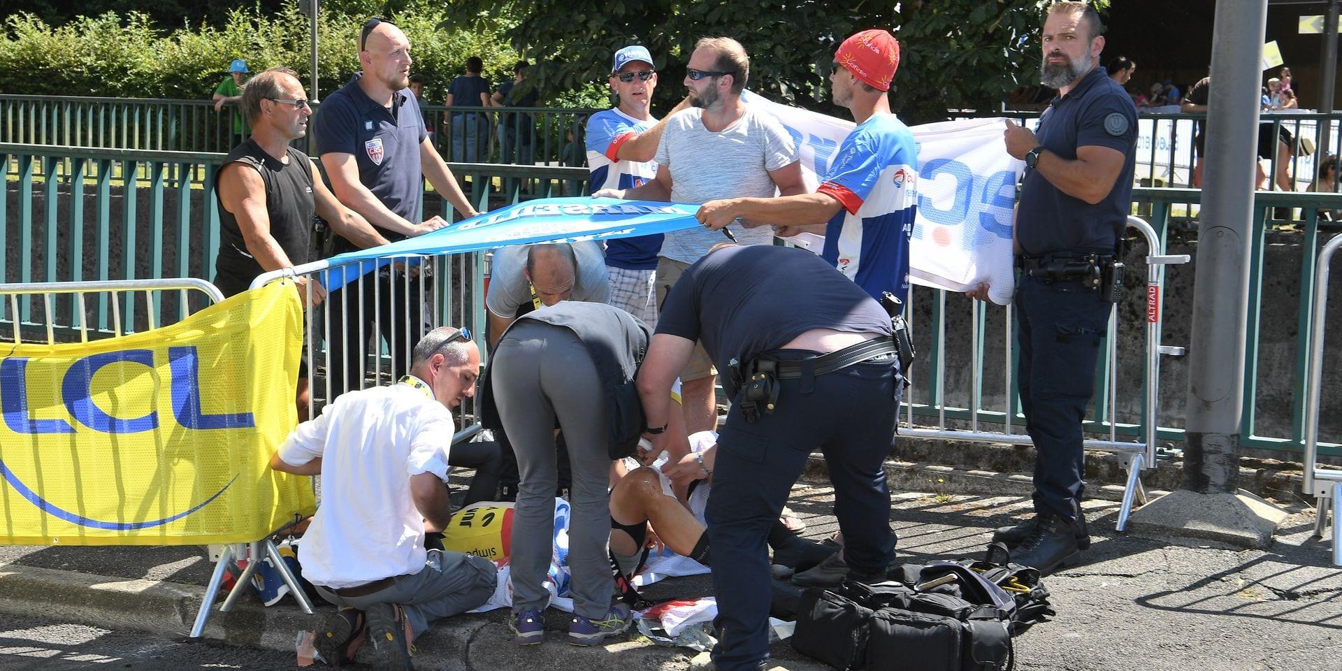 Terrible chute et abandon pour Wout Van Aert dans les derniers mètres du contre-la-montre (VIDEO)