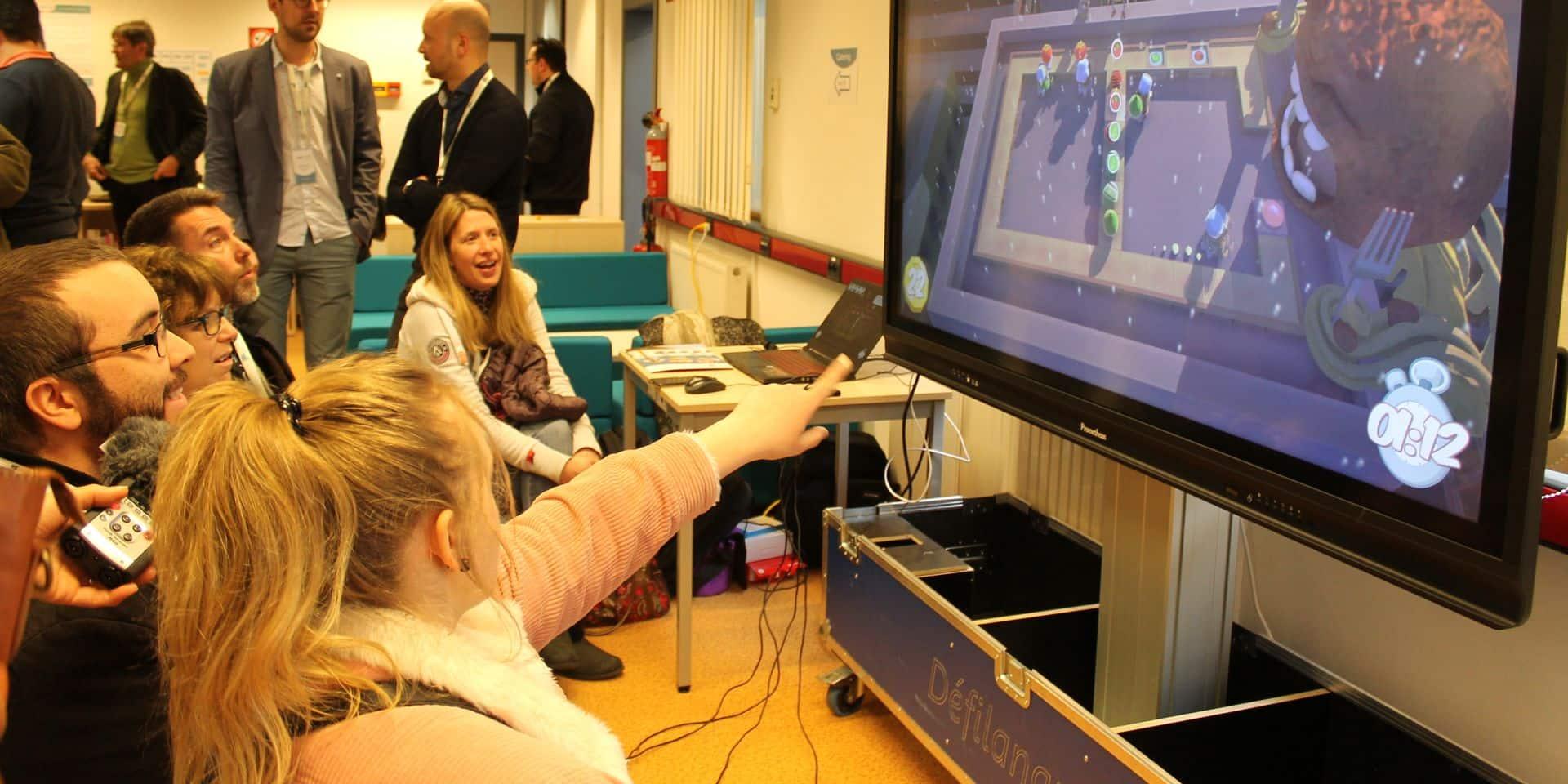 Charleroi: les enseignants formés au numérique