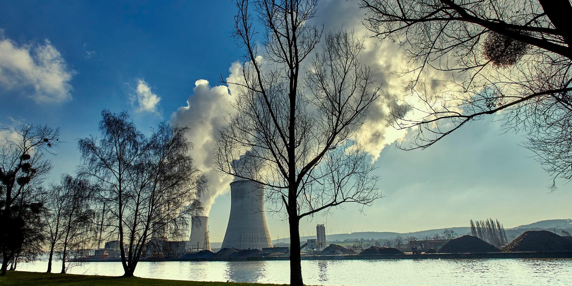 Nucléaire: la justice donne raison à Electrabel pour redémarrer Doel 3 et Tihange 2
