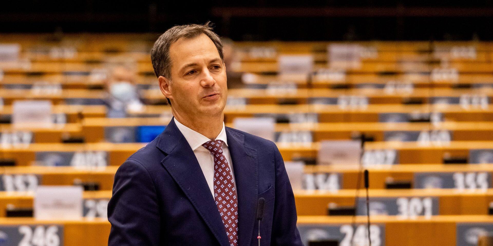 """Les députés doivent voter la confiance au gouvernement Vivaldi: """"N'alimentons pas le conflit artificiellement"""", appelle De Croo"""