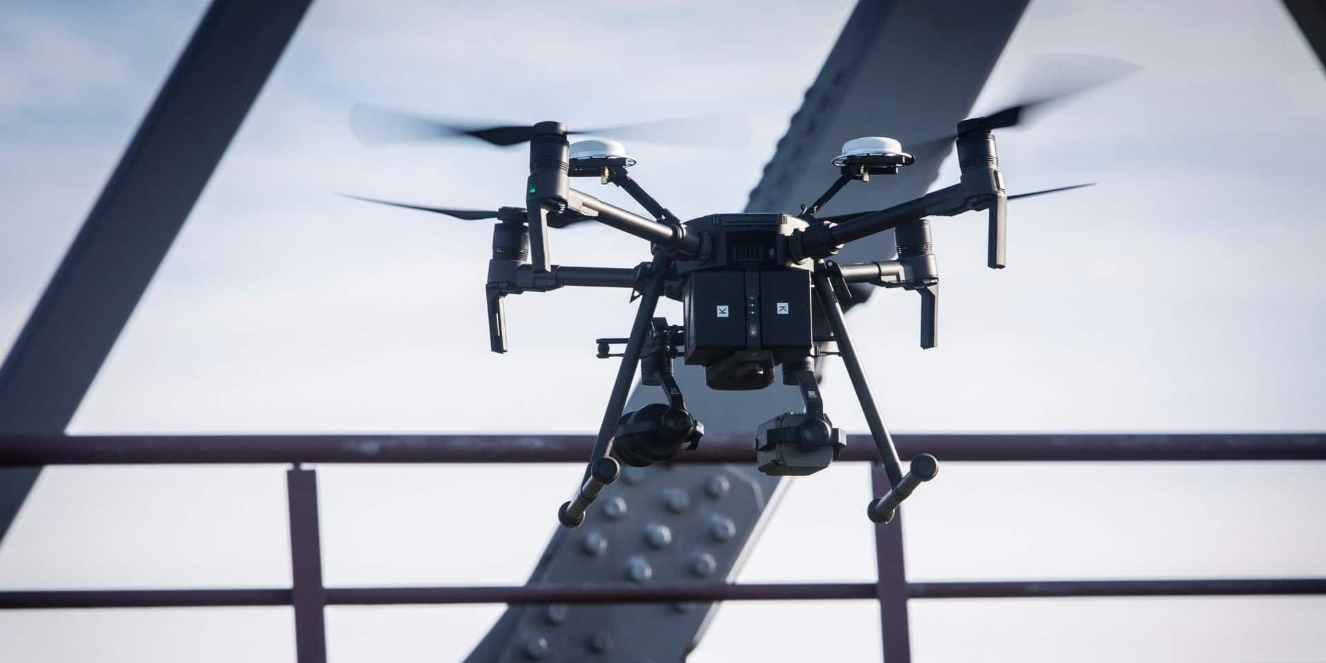 Chili: les manifestants neutralisent un drone de la police grâce à des lasers