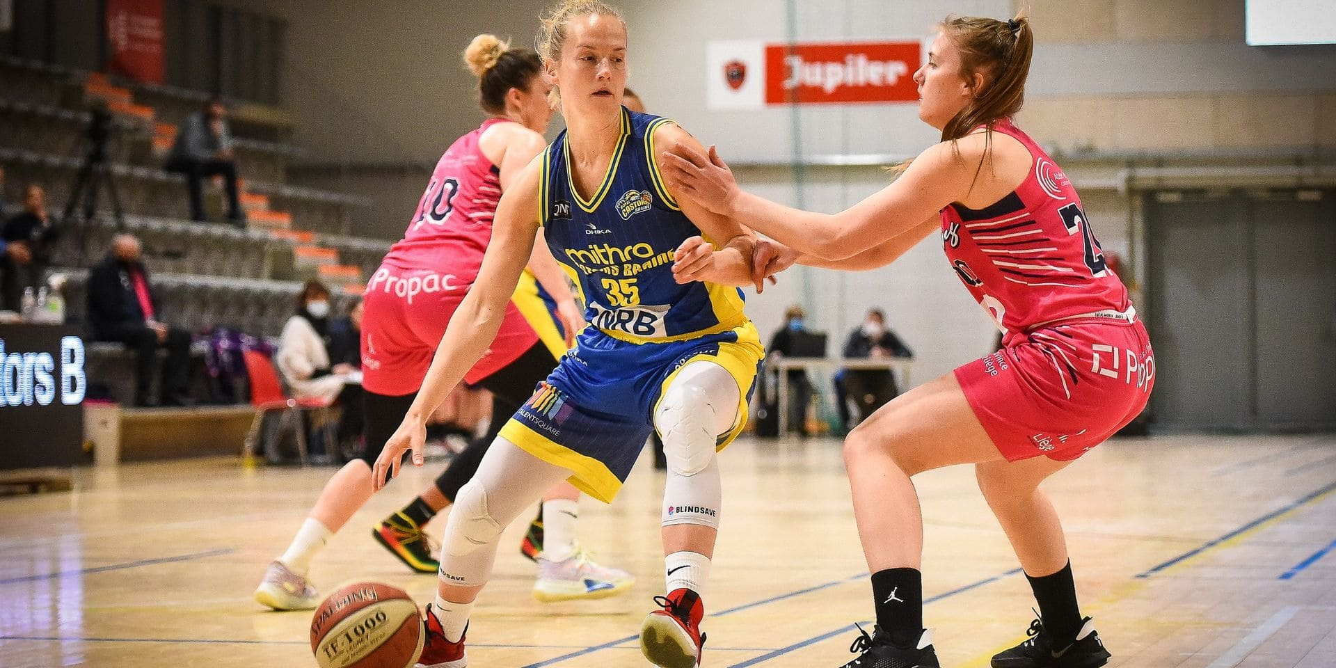 Playoffs D1 Dames: les Castors sans trembler face aux Panthers (58-81)