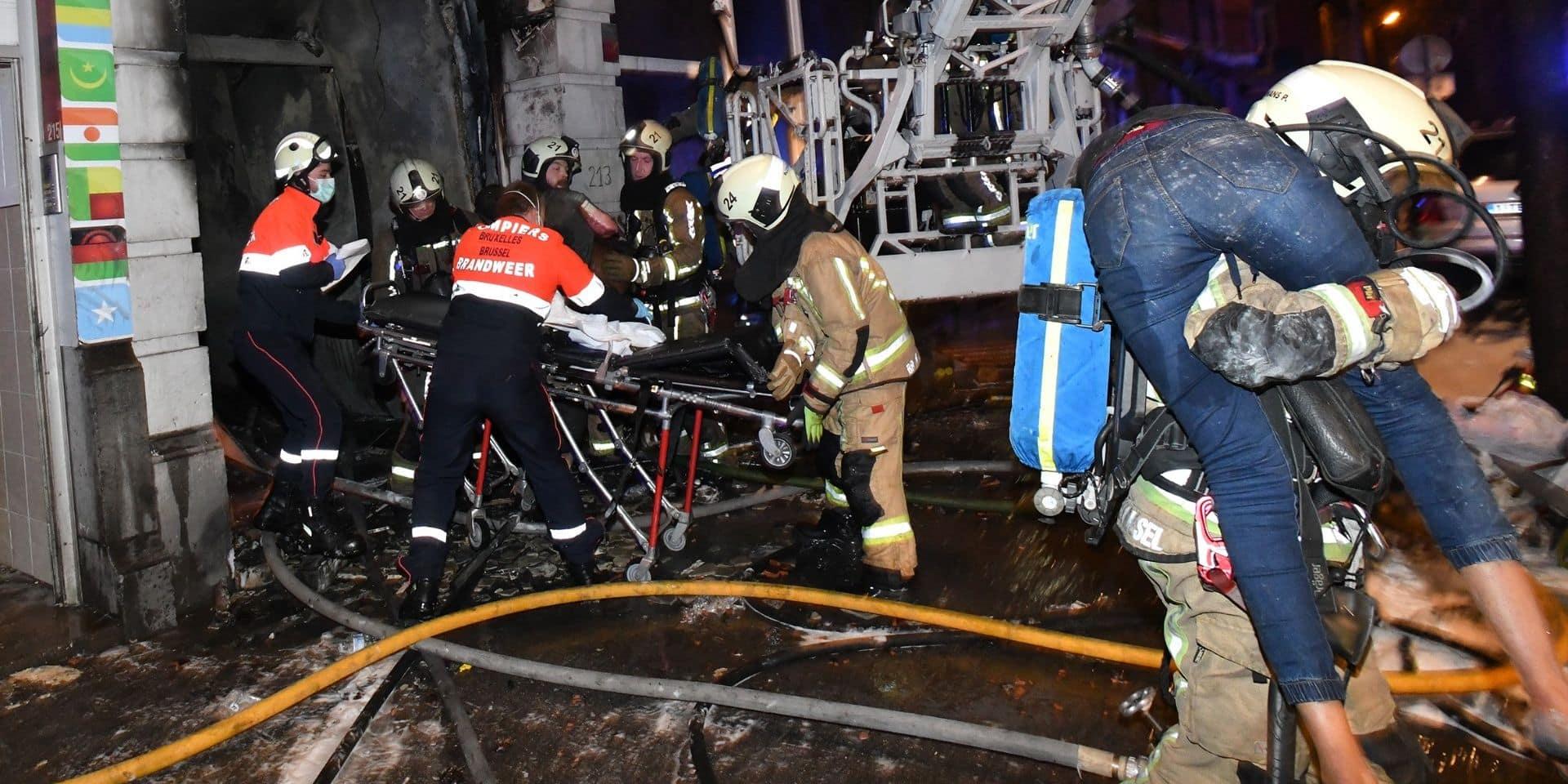 Incendie meurtrier à Anderlecht : Deux corps sans vie retrouvés dans les décombres