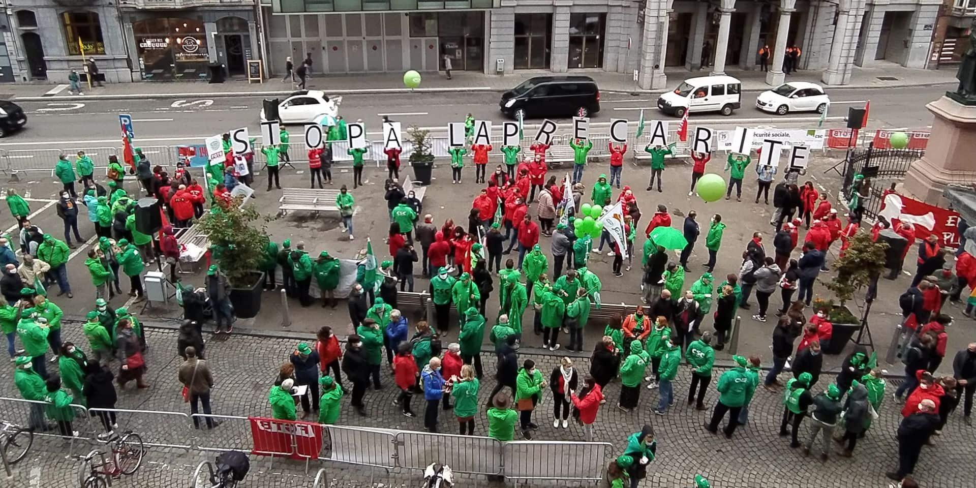 Plusieurs centaines de manifestants place du XX Août à Liège