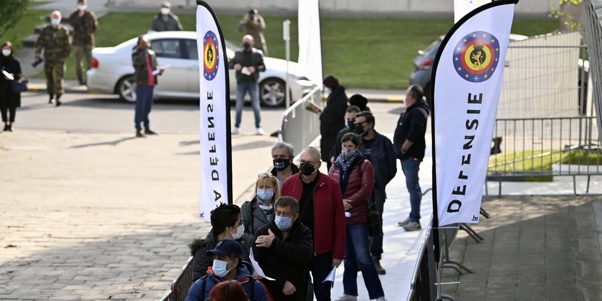 Les Bruxellois de 16 et 17 ans peuvent s'inscrire à la vaccination dès ce vendredi soir