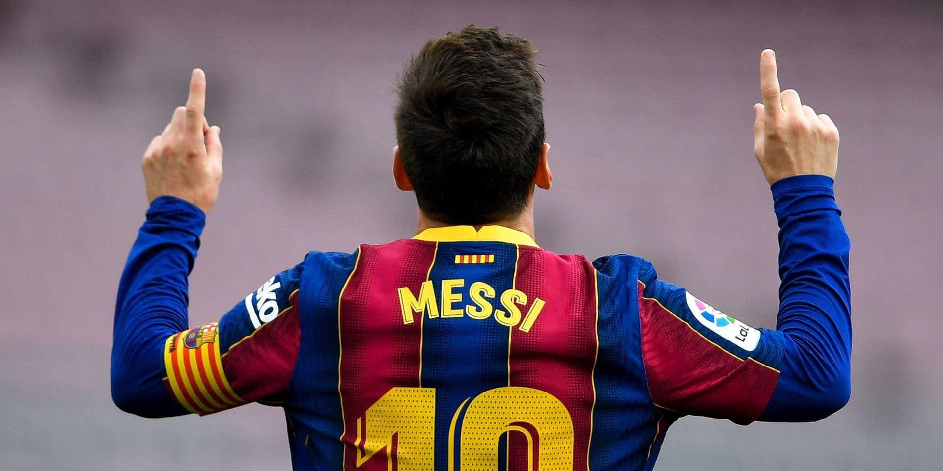 A minuit, le contrat de Lionel Messi à Barcelone sera terminé: le club catalan retient son souffle