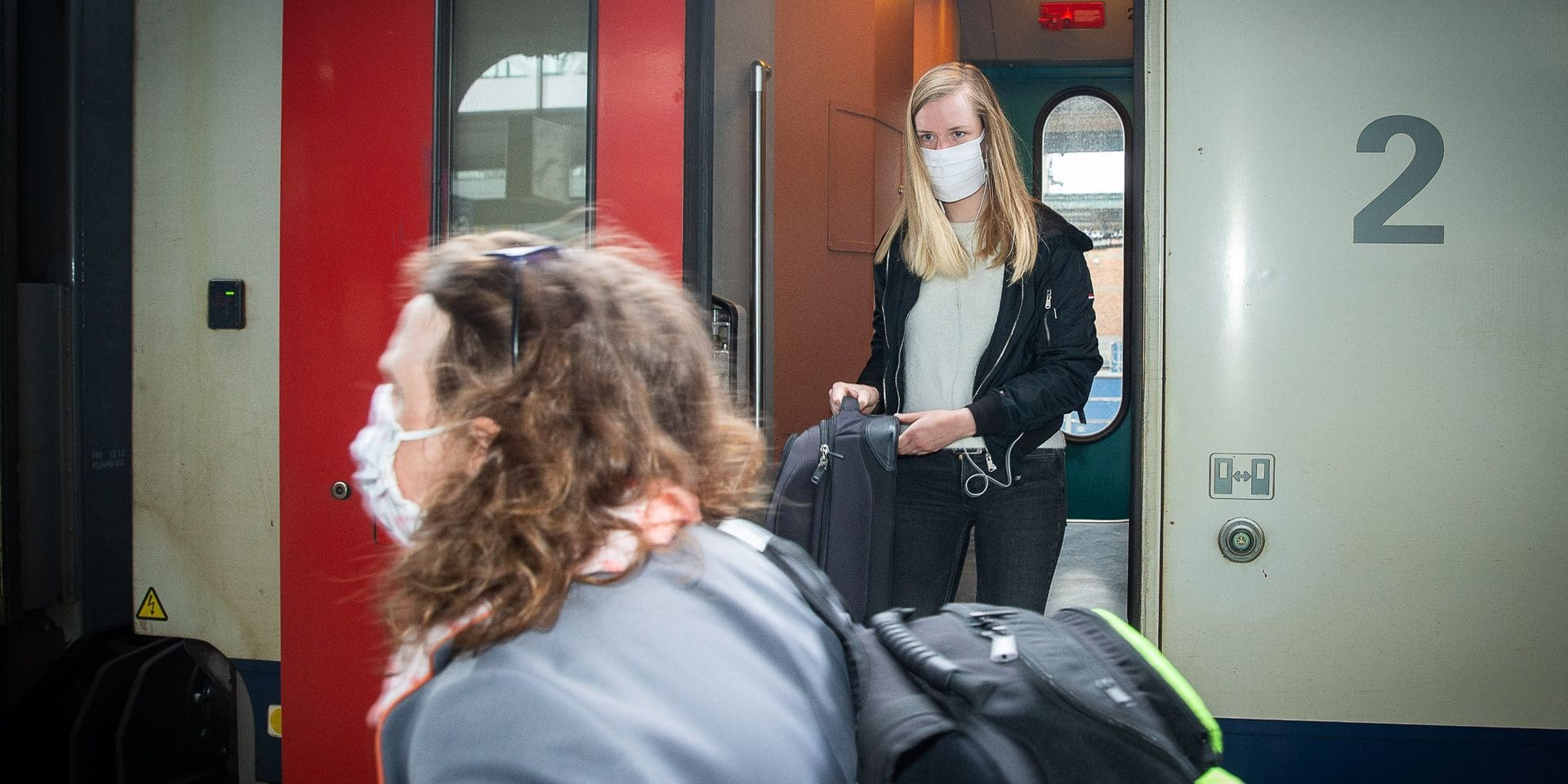 """Le coup de gueule d'un navetteur de la ligne Mons-Bruxelles : """"Nous étions 11 personnes dans moins de 4 m² !"""""""