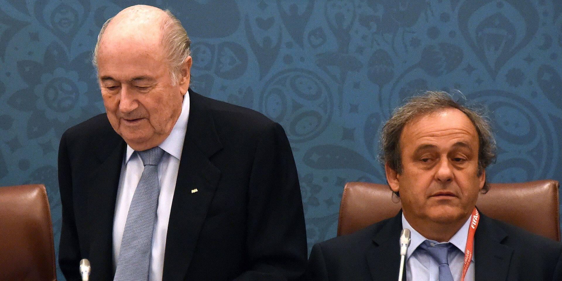 Corruption à la FIFA : Platini et Blatter désormais poursuivis pour escroquerie en Suisse