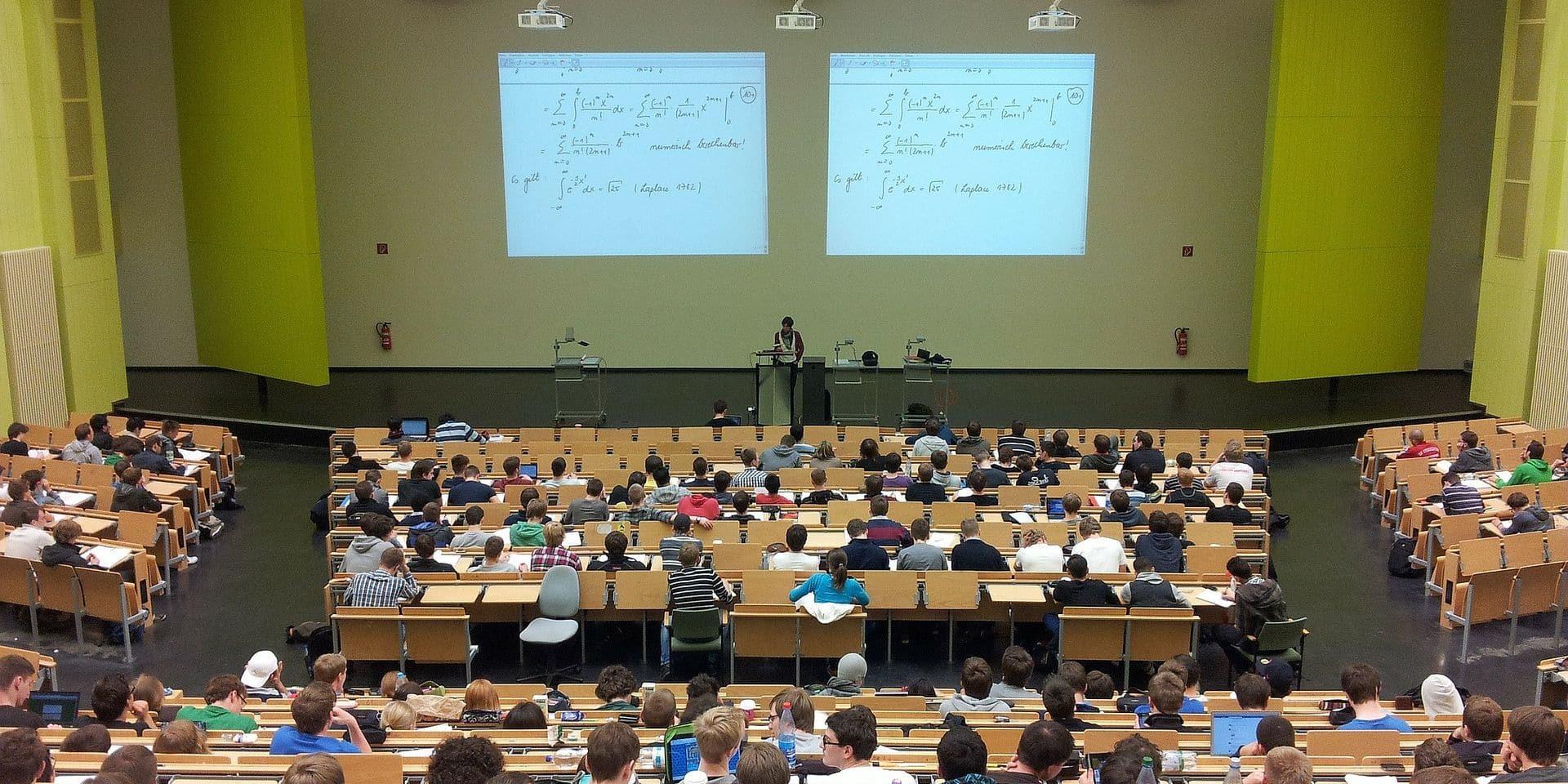 A distance ou en présentiel, les Hautes Ecoles liégeoises s'organisent pour la deuxième session