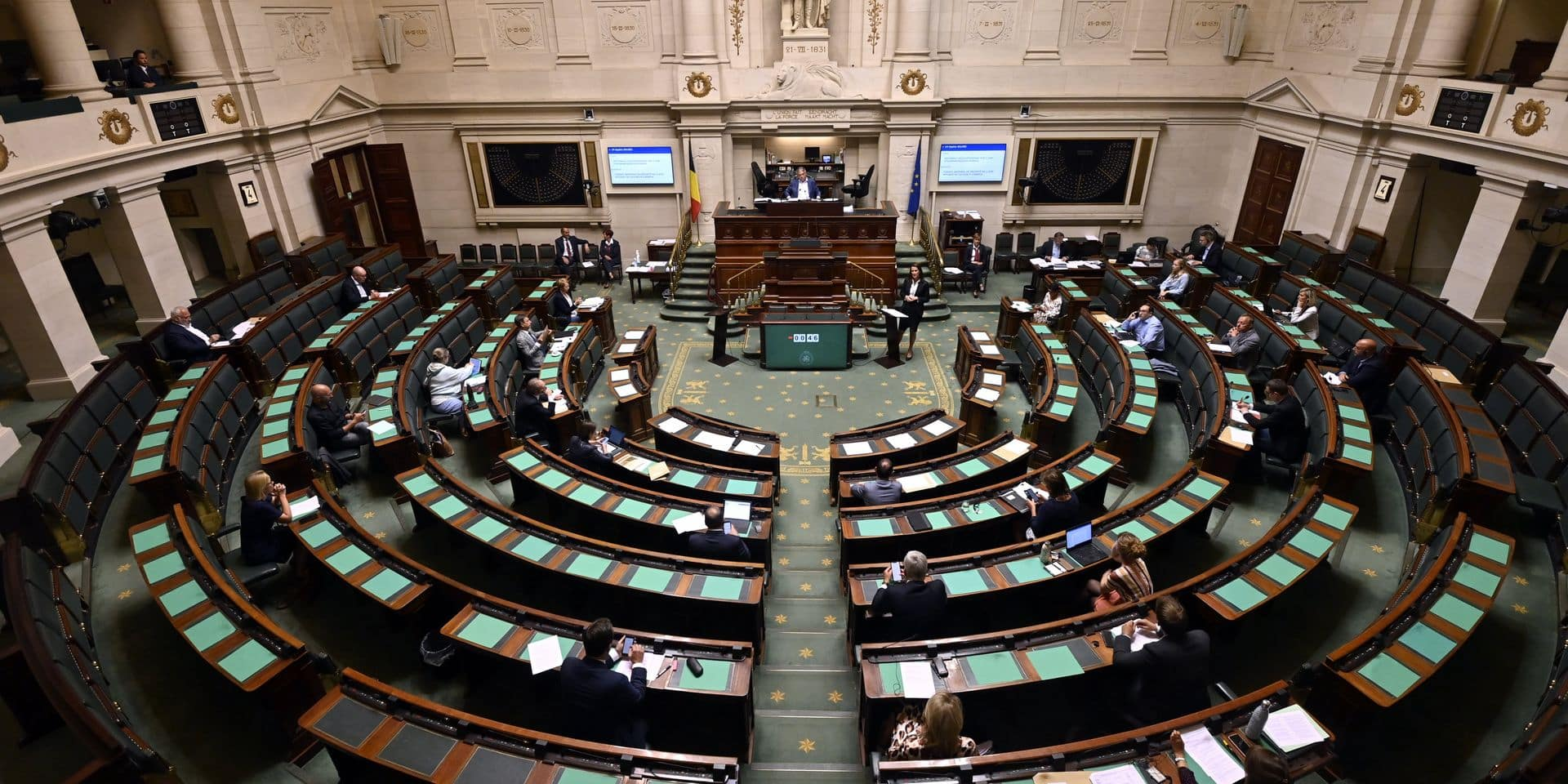 Le vote sur l'interruption volontaire de grossesse (IVG), objet de marchandages politiques