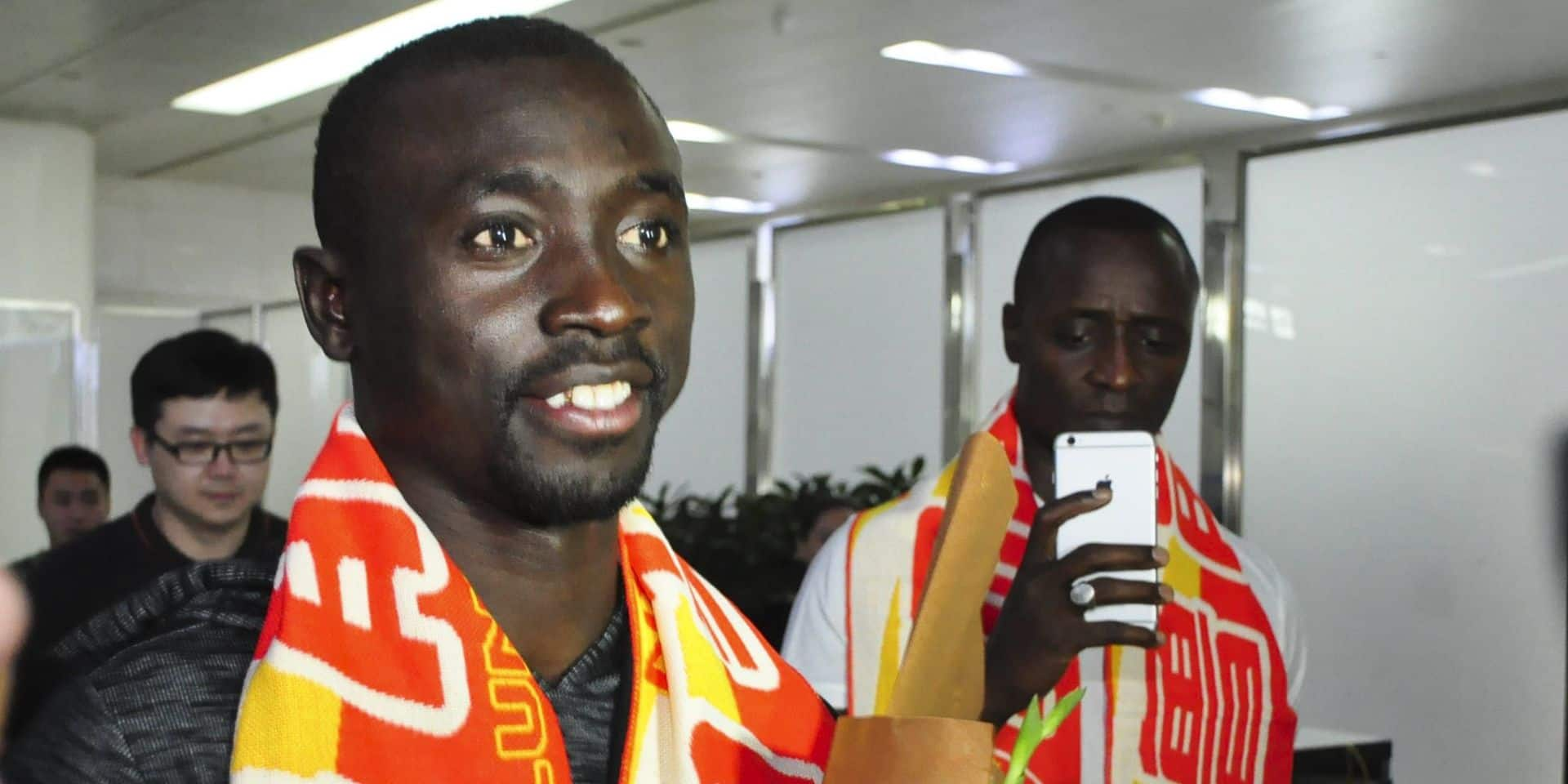 Papiss Cisse Arrives In Jinan