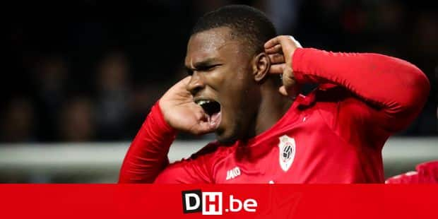 Antwerp's Obbi Oulare celebrates after scoring during the Jupiler Pro League match between Sporting Charleroi and Royal Antwerp FC, in Charleroi, Saturday 27 January 2018, on the day 24 of the Jupiler Pro League, the Belgian soccer championship season 2017-2018. BELGA PHOTO VIRGINIE LEFOUR