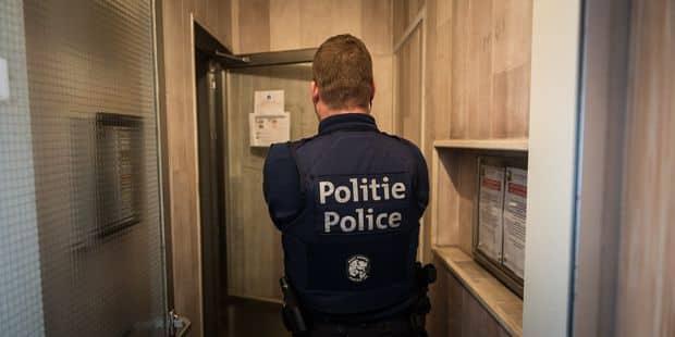 Bruxelles : Un individu de 18 ans sous mandat d'arrêt après avoir frappé des policiers - La DH