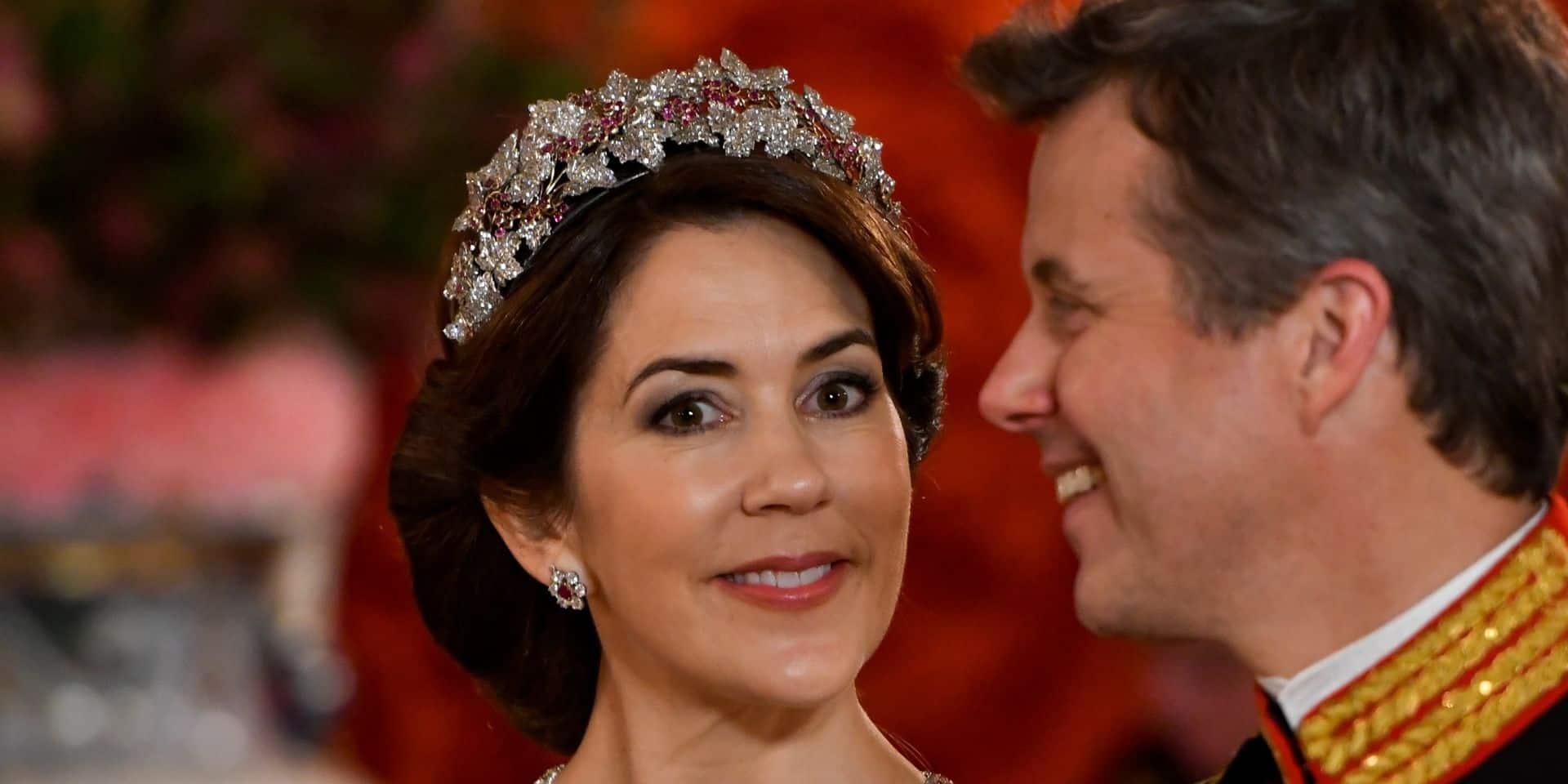 """Mary de Danemark, princesse """"normale"""" : elle présente ses excuses après une bourde"""