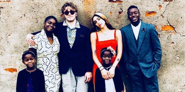 Madonna et ses enfants tous ensemble : une photo rare qui l'emplit de reconnaissance - La DH