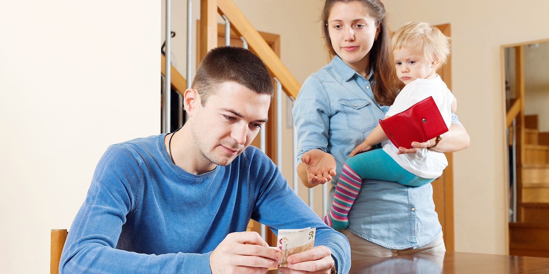 """La réforme des allocations familiales ne fait pas que des heureux: les parents """"à cheval"""" se sentent floués"""