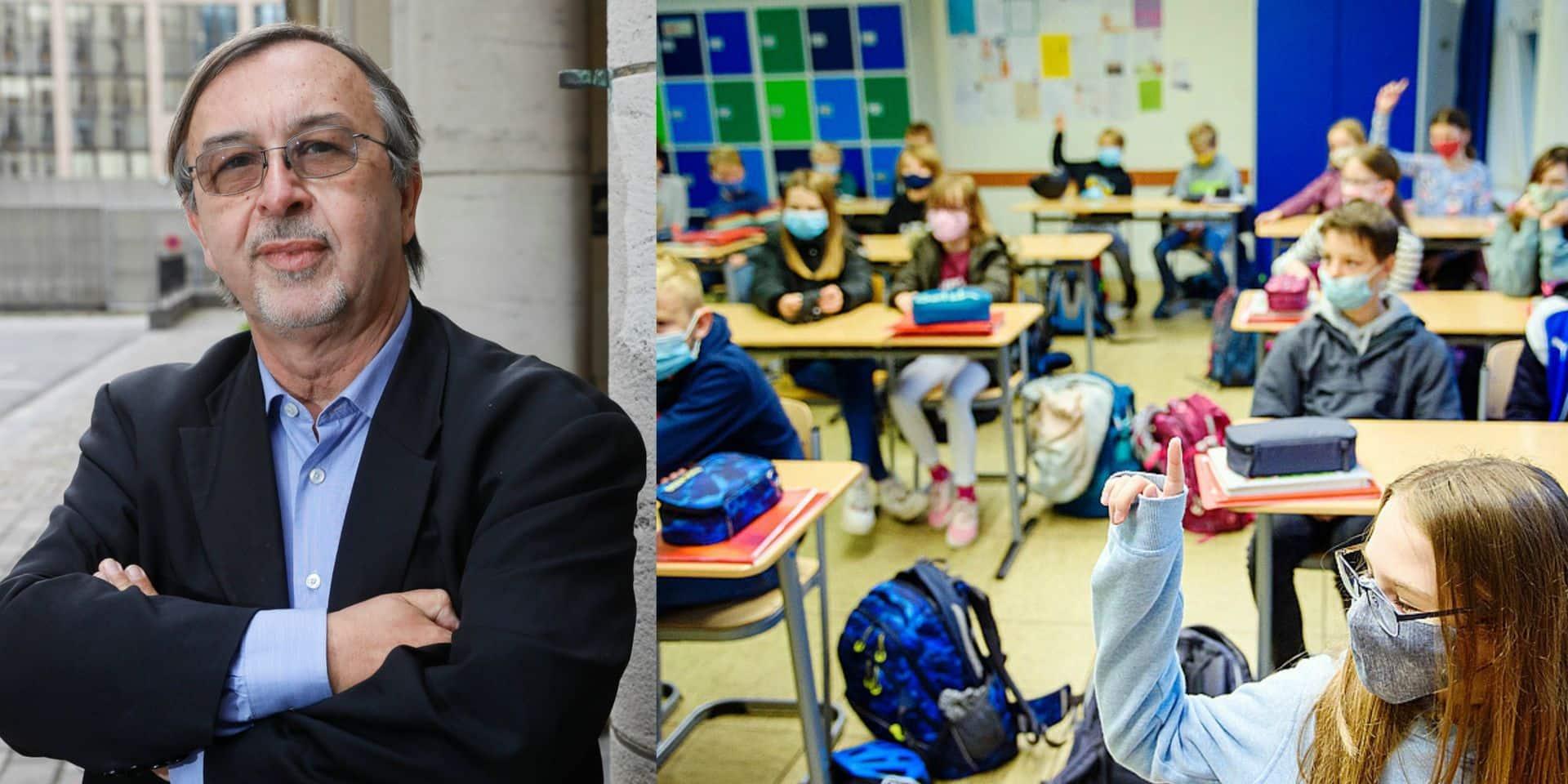 Fermer les écoles secondaires et le supérieur mais pas les primaires: Yves Van Laethem applaudit le fond, pas la forme