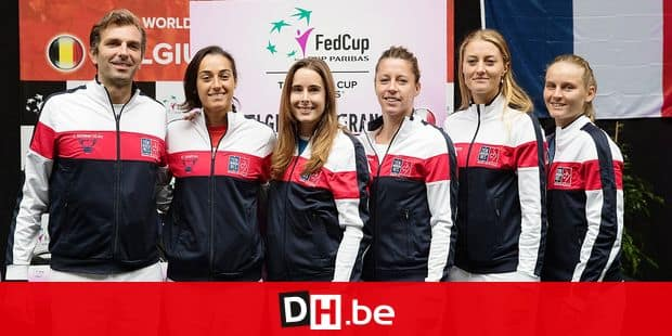 French captain Julien Benneteau, French Caroline Garcia, French Alize Cornet, French Pauline Parmentier, French Kristina Mladenovic and French Fiona Ferro pose after the draw of the playing schedule for this weekend's quarter-final of the Fed Cup tennis meeting between Belgium and France, in the World Group, Friday 08 February 2019, in Liege. BELGA PHOTO BENOIT DOPPAGNE