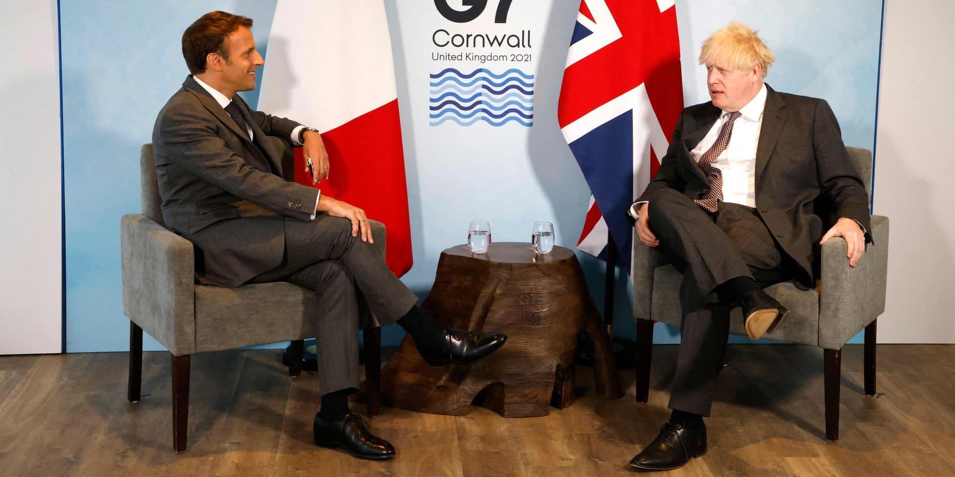 """Brexit: Macron demande à Johnson le respect de la """"parole donnée"""""""