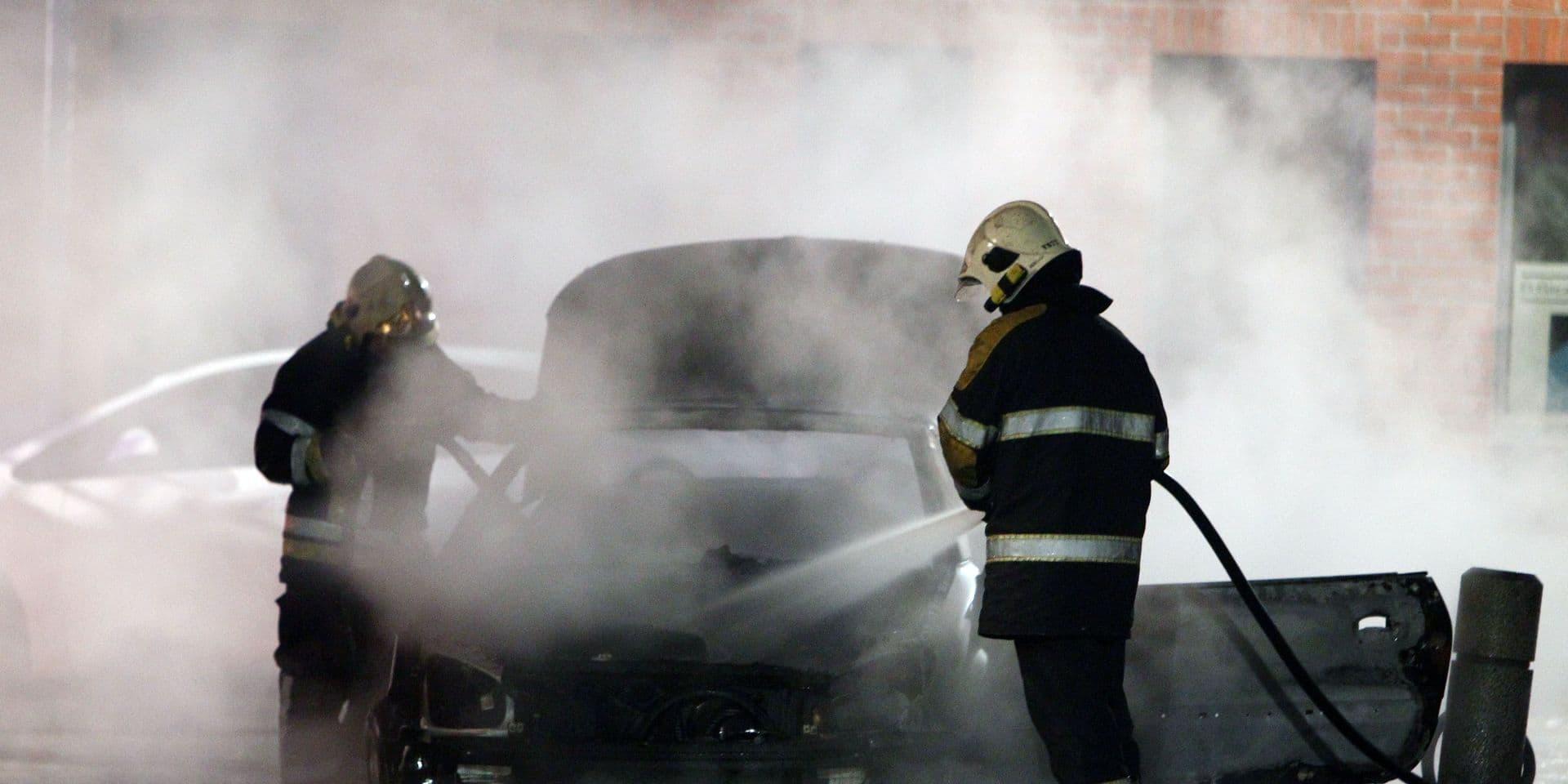 Trois voitures incendiées dans le centre-ville de Liège