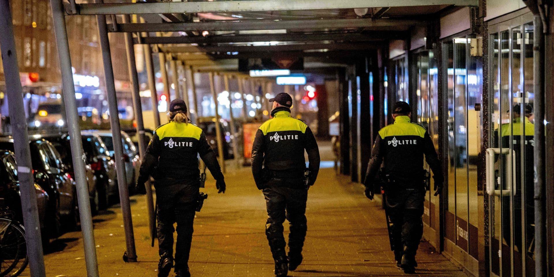 Pays-Bas: la police de Rotterdam arrête 25 personnes durant une soirée plus calme que les dernières