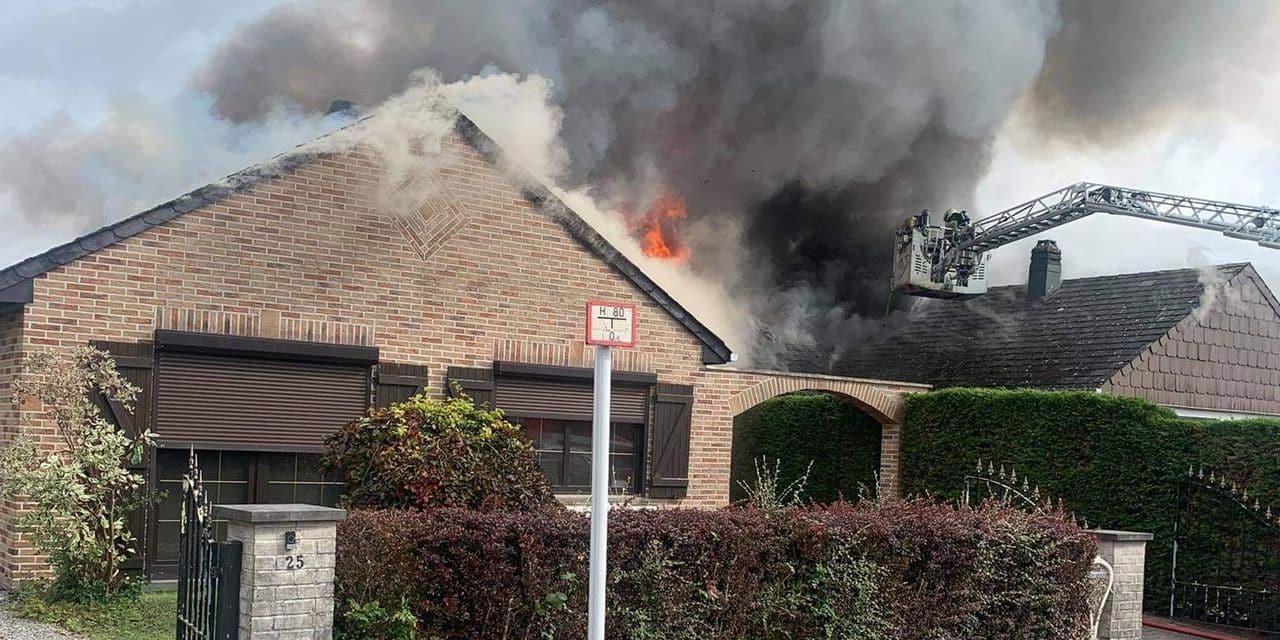Deux villas détruites par le feu à Châtelineau