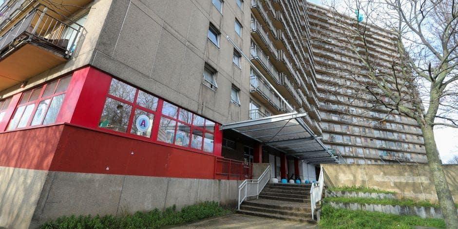 """Anderlecht : Ascenseurs et chaudières en panne... """"Les Goujons, c'est la tour des malheurs"""""""