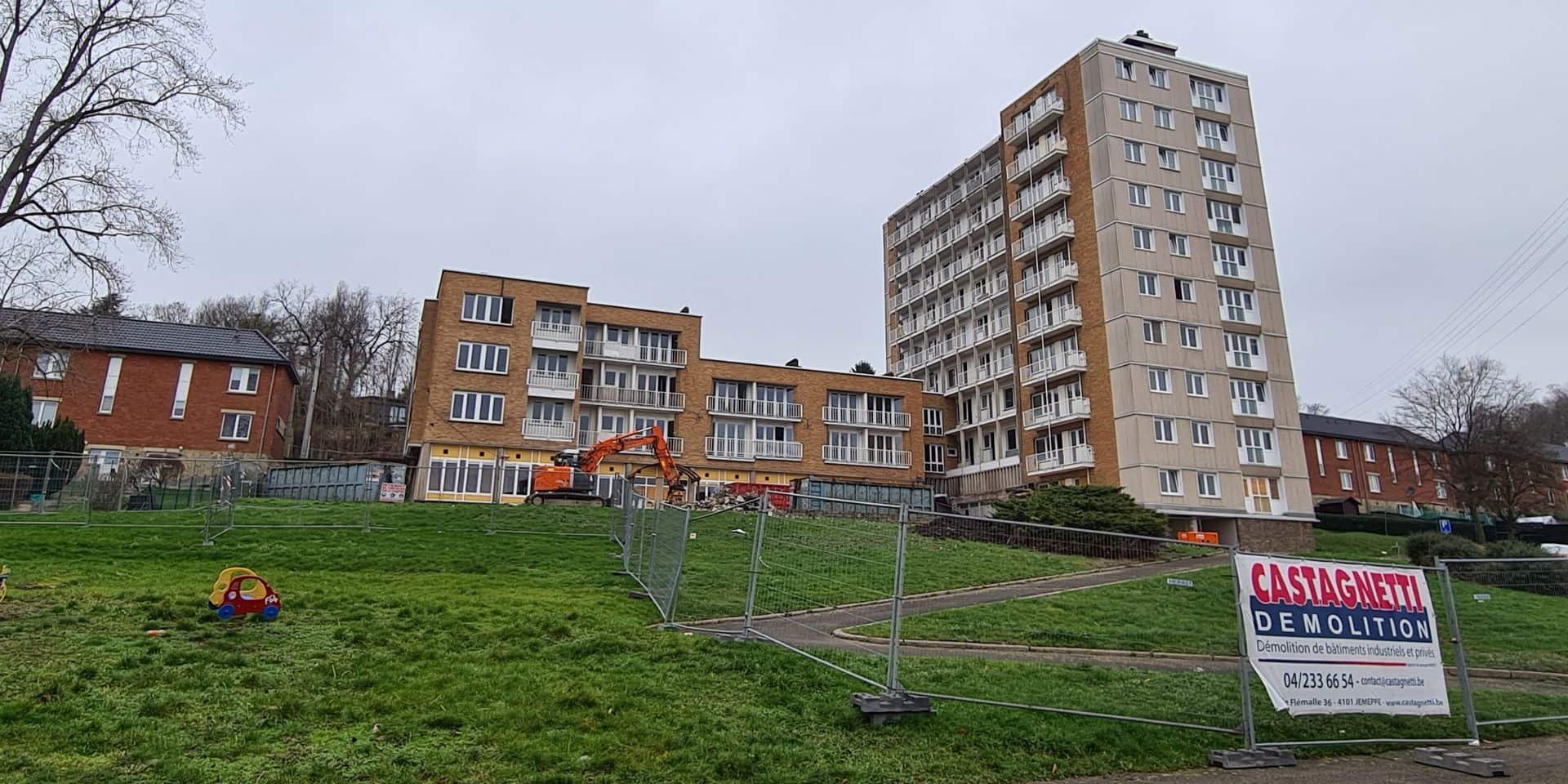 Flémalle: le building de la cité du Parapluie bientôt démoli