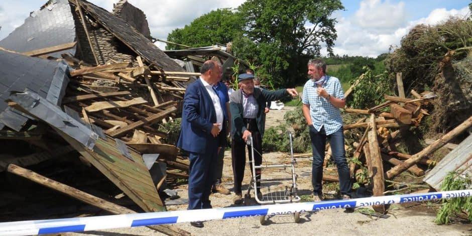 Tornade dans la commune de Houffalize : Willy Borsus a rencontré les sinistrés