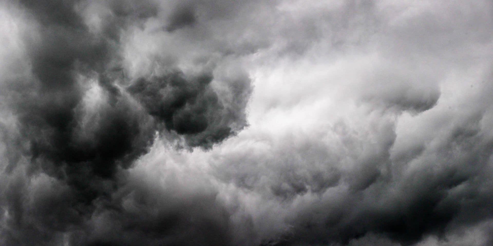 Météo: alerte jaune aux orages ce dimanche après-midi et soir, le numéro 1722 activé
