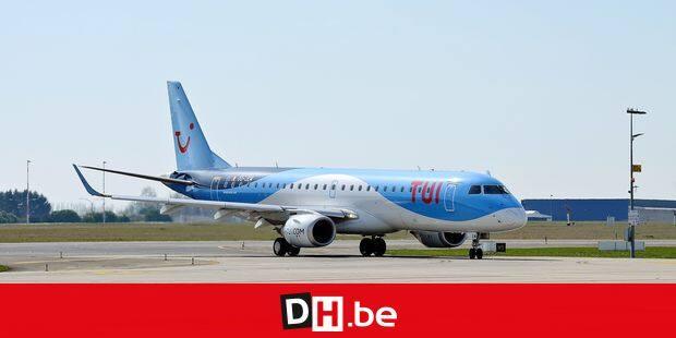 Tui avion aviation Jetair voyage voyageur pilote aéroport Charleroi BSCA Brussels South piste
