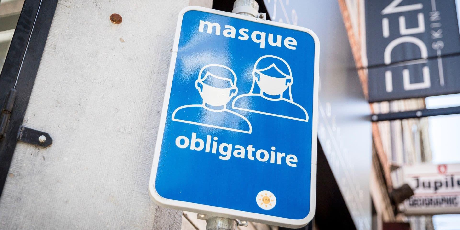"""Le port du masque reste obligatoire dans les lieux publics: pour Maxime Daye, """"les autorités ont cafouillé"""""""
