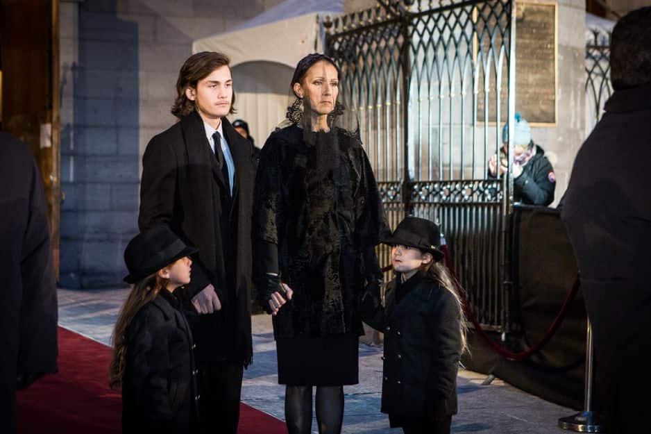 22 janvier 2016. Celine Dion arrive à la basilique de Montreal entourée de ses 3 enfants pour assister aux obsèques de son mari René Angelil.