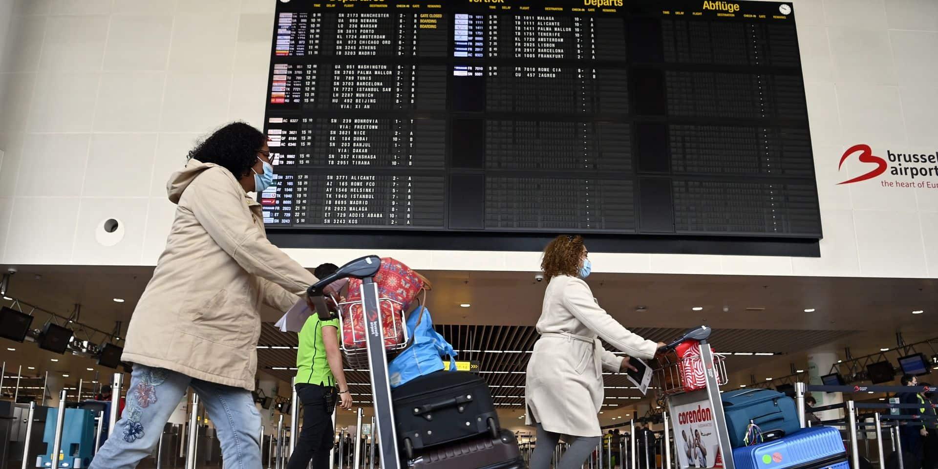Près de 250 voyageurs attrapés avec un faux test covid à Brussels Airport depuis le 25 avril