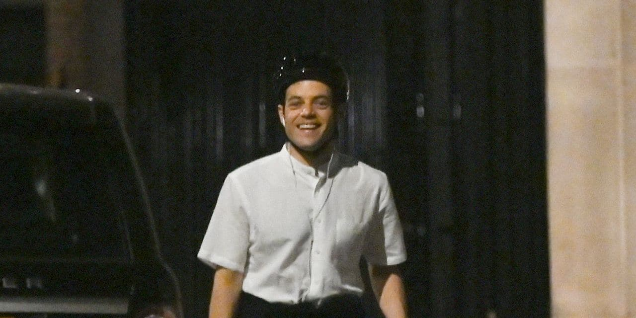 Rami Malek seen taking a Midnight stroll and bike ride round Mayfair
