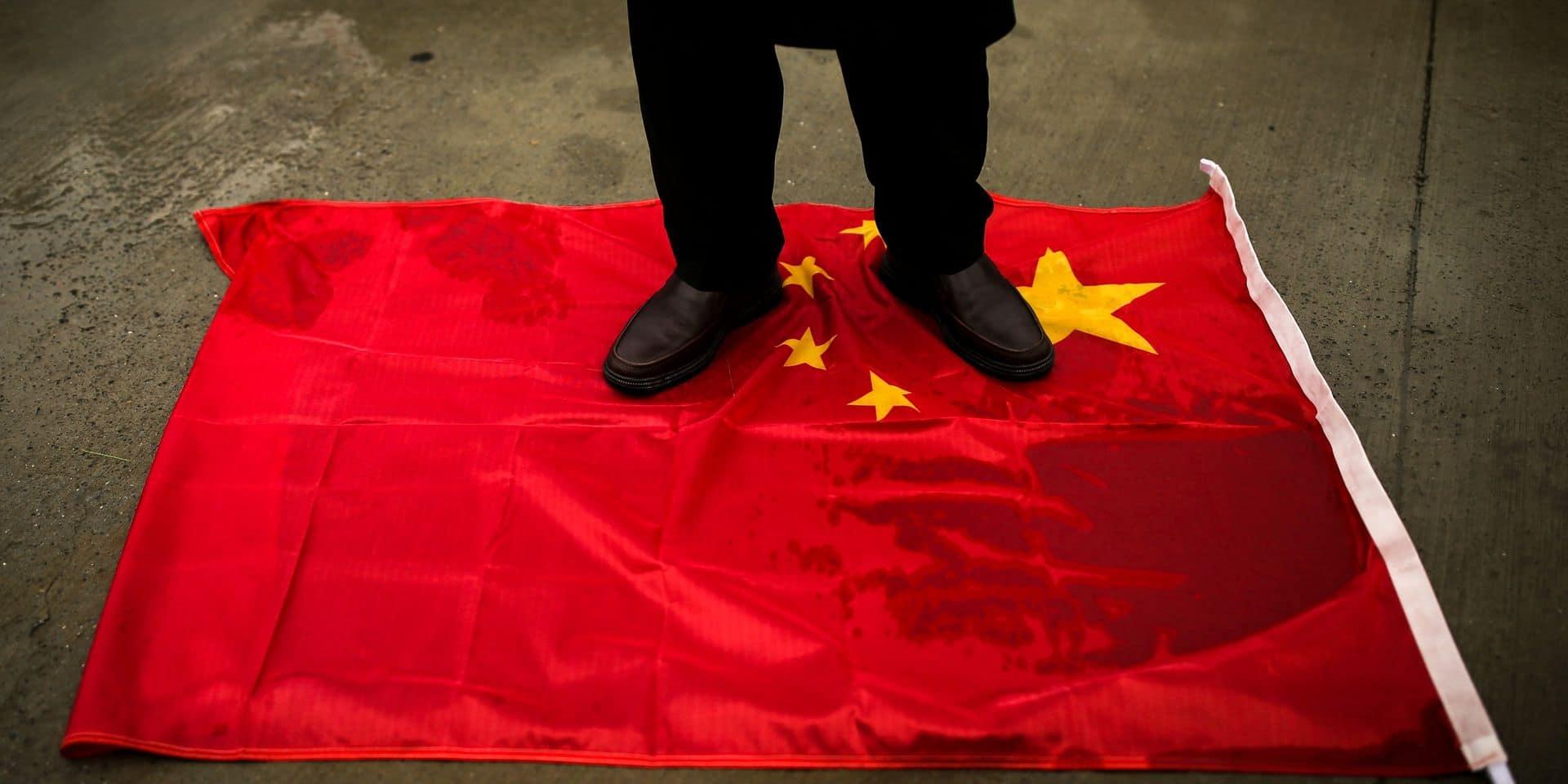 """Pékin met la Belgique en garde contre une dégradation des relations après le vote des parlementaires dénonçant """"un risque sérieux de génocide"""" des Ouïghours"""