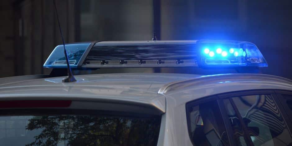 Contrôle surprise de la police au café Le Moderne à Châtelineau