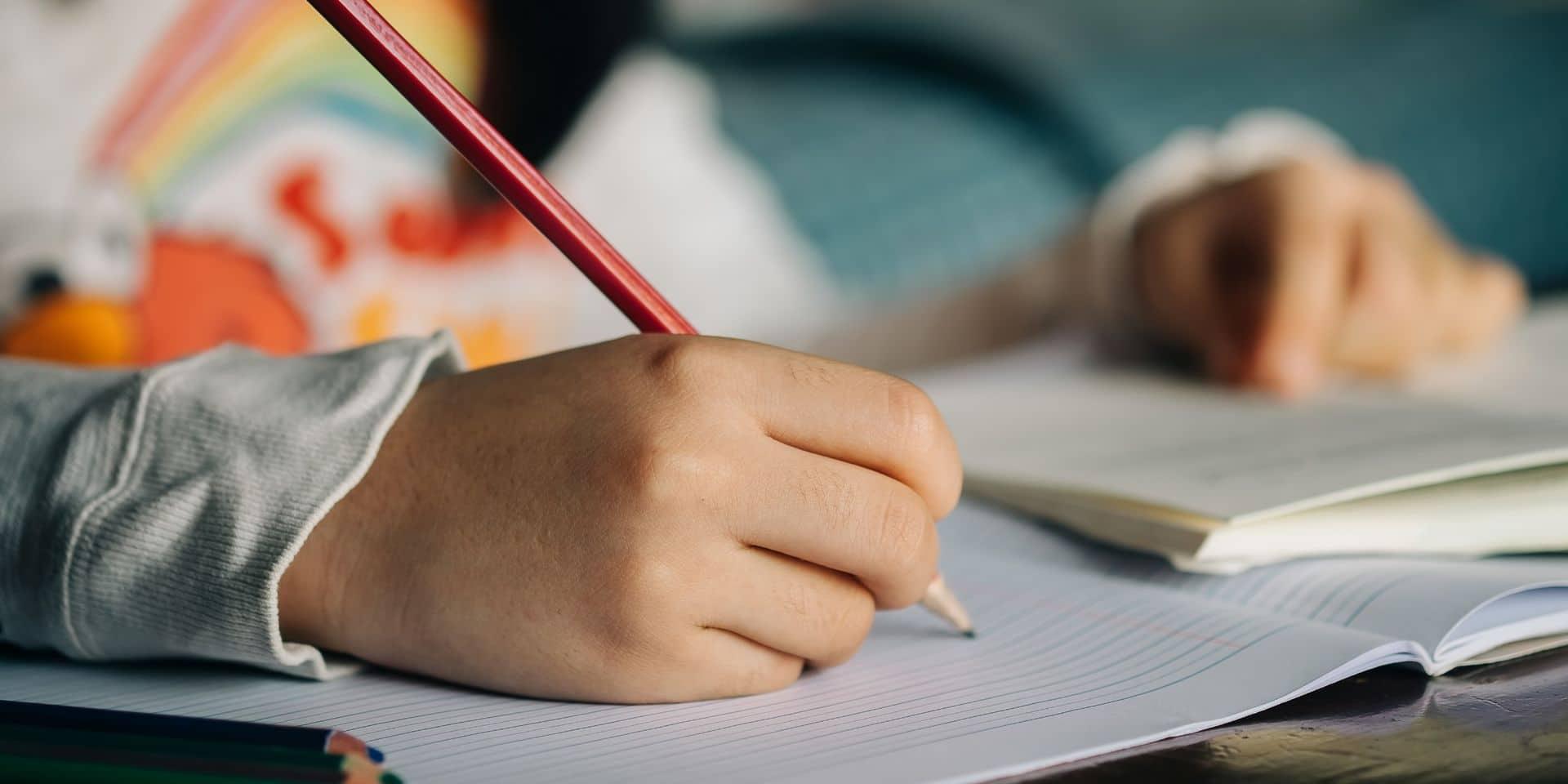 """Quand une enfant de 9 ans inspire une loi pour soutenir les personnes malentendantes : """"Il est essentiel de les aider"""""""