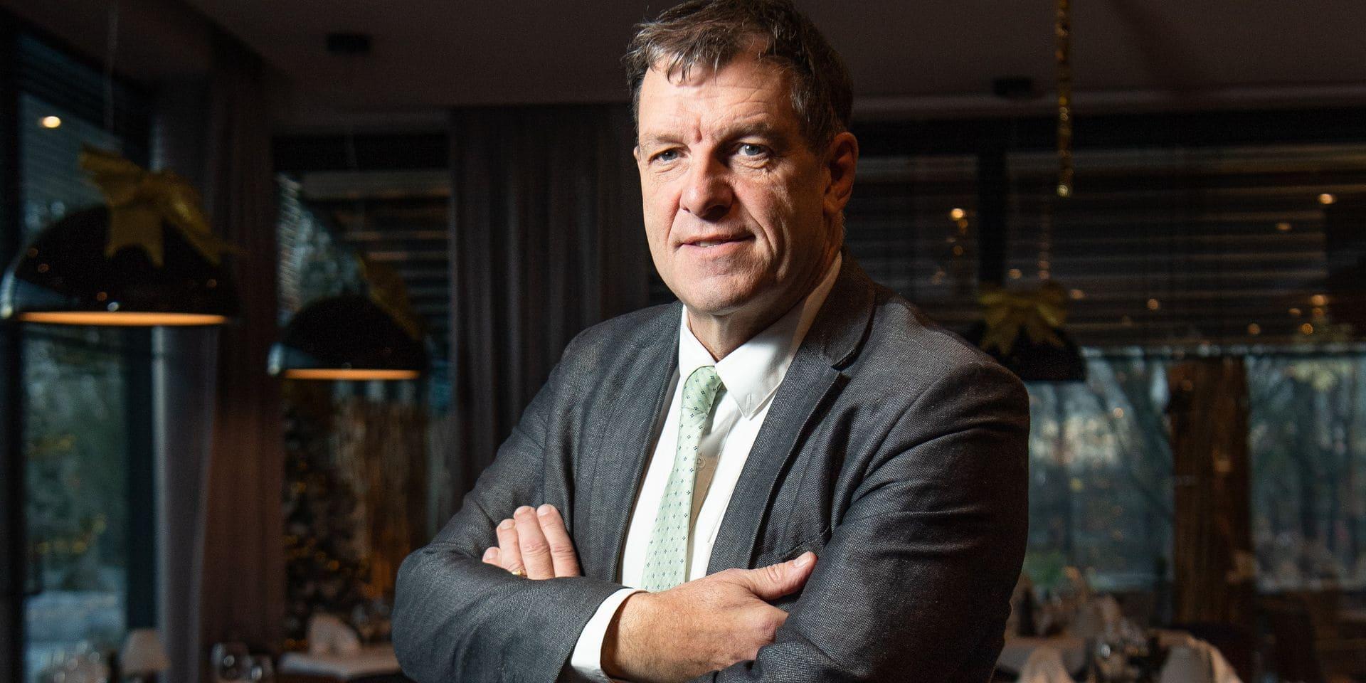 Charleroi - Gosselies: Jean-Jacques Cloquet - CEO de Brussels South Charleroi Airport (BSCA) avant son depart pour la direction de Pairi Daiza