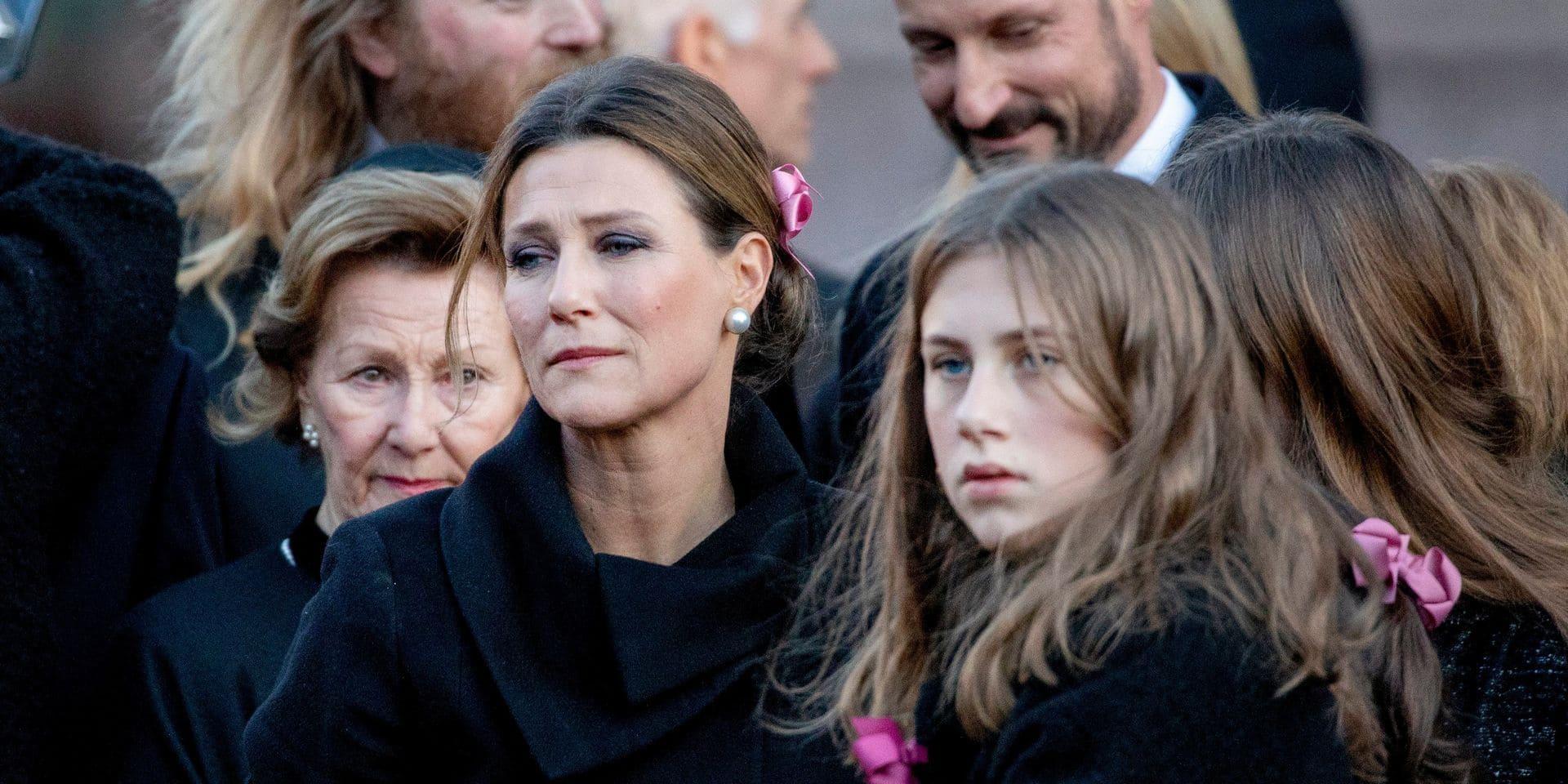 """Märtha Louise de Norvège, princesse au """"cœur brisé"""", exprime sa souffrance après le suicide du père de ses enfants"""